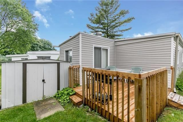 Detached at 35 Hawthorne Dr, Innisfil, Ontario. Image 7