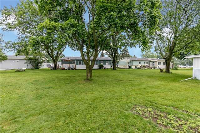 Detached at 35 Hawthorne Dr, Innisfil, Ontario. Image 10
