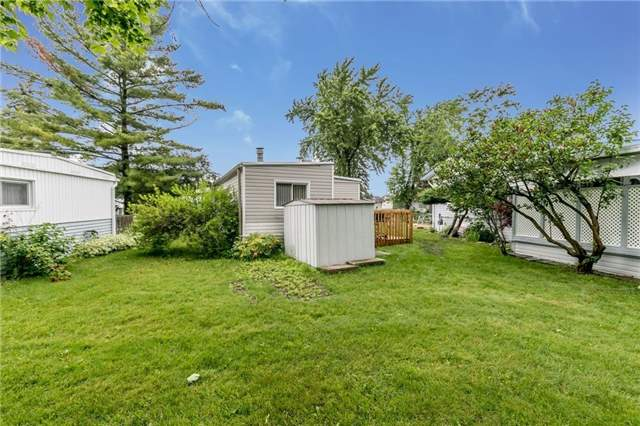 Detached at 35 Hawthorne Dr, Innisfil, Ontario. Image 11