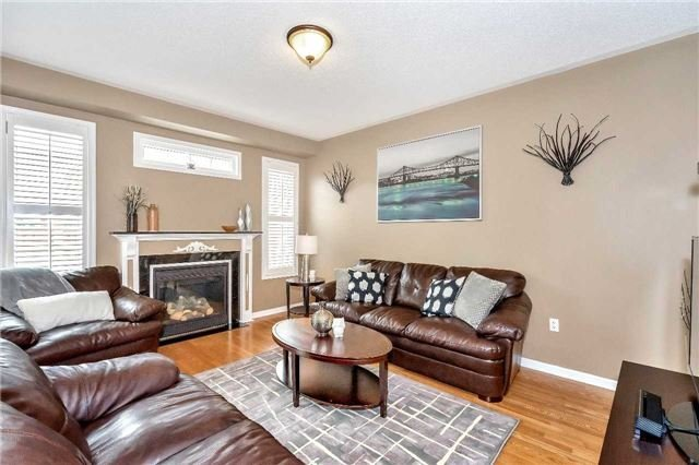 Detached at 26 Merdock Crt, Whitchurch-Stouffville, Ontario. Image 2