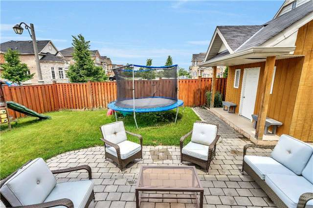 Detached at 26 Merdock Crt, Whitchurch-Stouffville, Ontario. Image 13