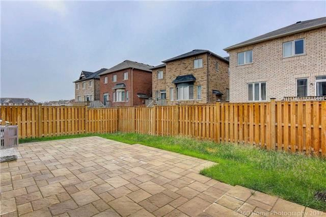 Detached at 56 Bracknell Ave, Markham, Ontario. Image 4