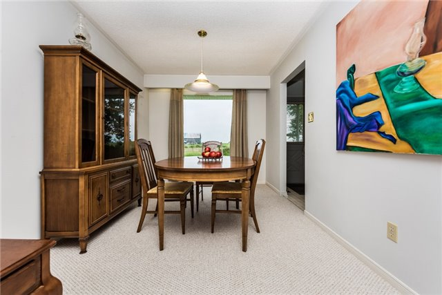 Detached at 2164 Innisfil Beach Rd, Innisfil, Ontario. Image 9