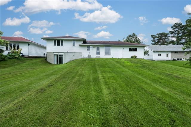 Detached at 2164 Innisfil Beach Rd, Innisfil, Ontario. Image 6