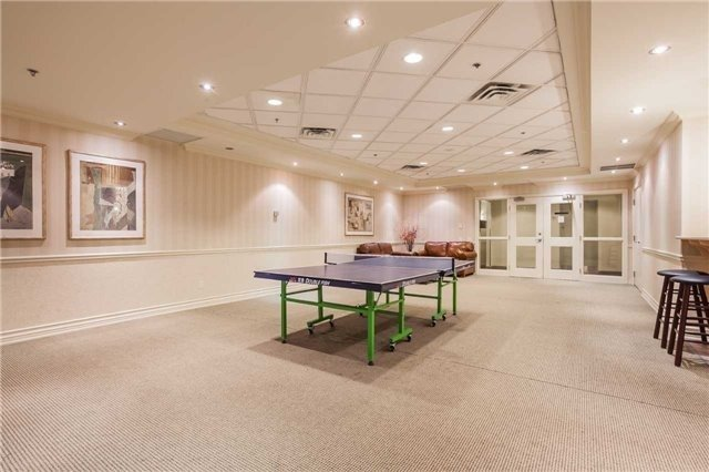 Condo Apartment at 51 Times Ave, Unit 806, Markham, Ontario. Image 4