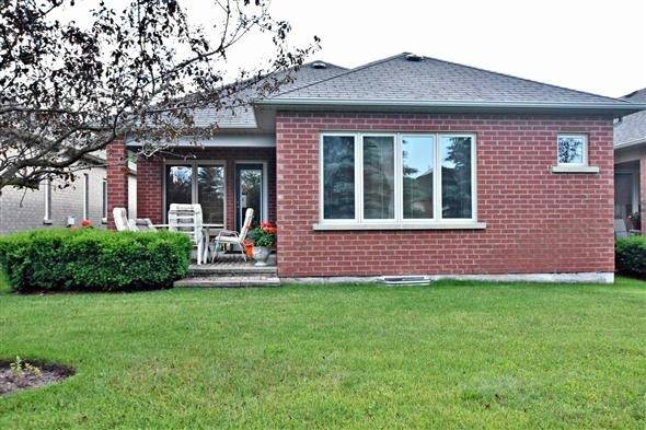 Detached at 94 Lee's Gallery Rd, Whitchurch-Stouffville, Ontario. Image 8