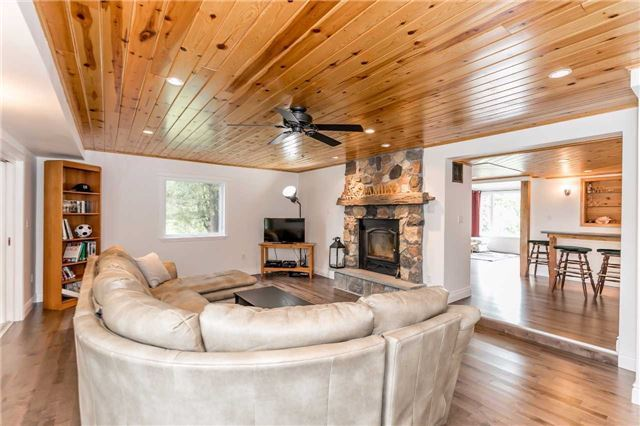 Detached at 5026 8th Line, Essa, Ontario. Image 19