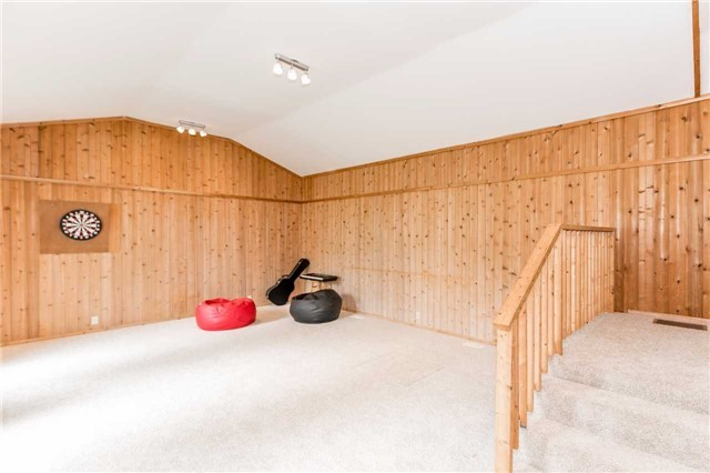 Detached at 5026 8th Line, Essa, Ontario. Image 2