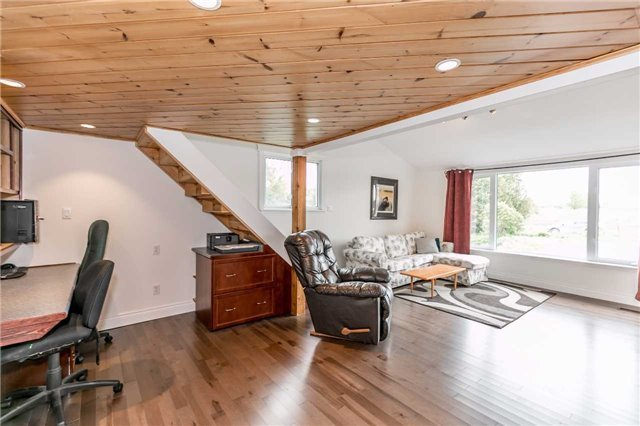 Detached at 5026 8th Line, Essa, Ontario. Image 3