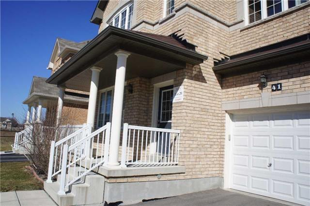 Detached at 41 Greenspire Ave, Markham, Ontario. Image 6