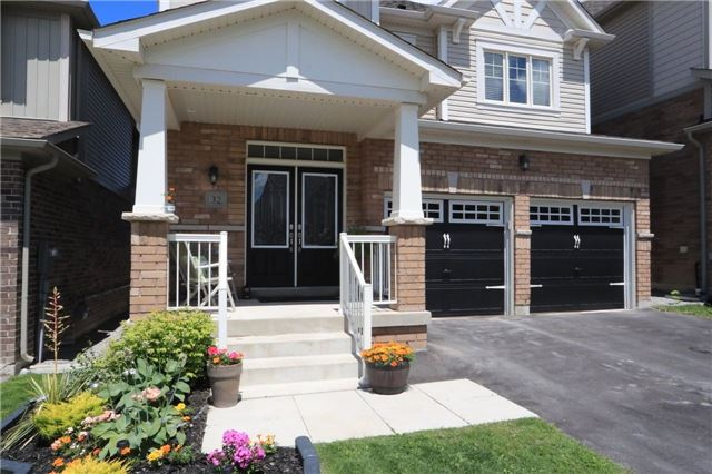 Detached at 32 Cauthers Cres, New Tecumseth, Ontario. Image 8