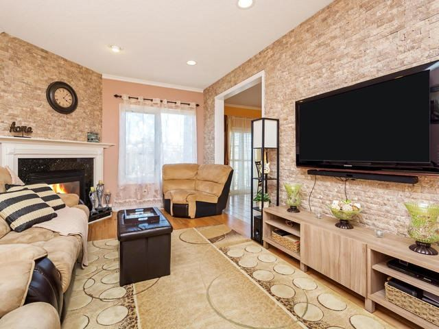 Detached at 32 Richbell St, Vaughan, Ontario. Image 17
