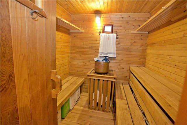 Detached at 1350 10 Sdrd, New Tecumseth, Ontario. Image 3