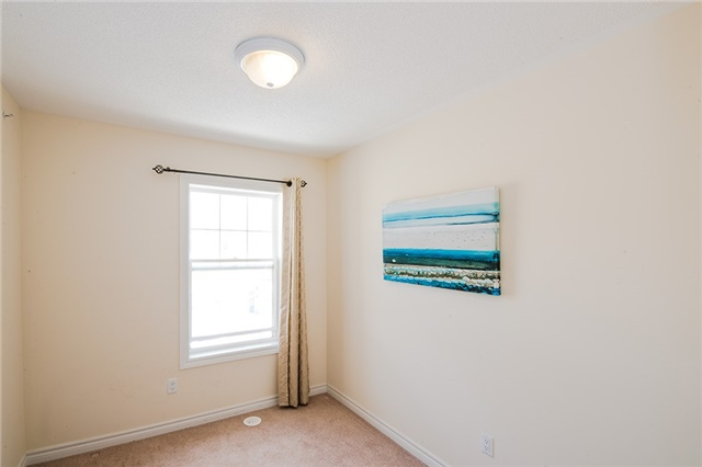 Townhouse at 27 Cathedral High St, Markham, Ontario. Image 3