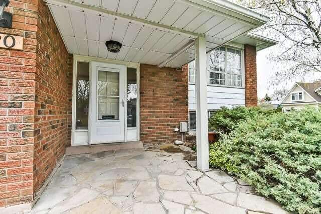 Detached at 20 Chant Cres, Markham, Ontario. Image 12