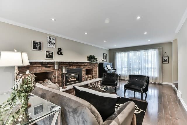 Detached at 20 Chant Cres, Markham, Ontario. Image 16