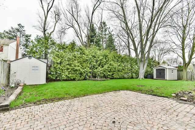 Detached at 20 Chant Cres, Markham, Ontario. Image 11