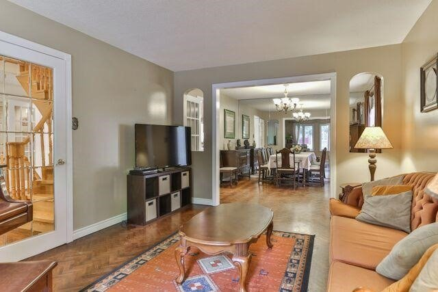 Detached at 21 Tanglewood Tr, Markham, Ontario. Image 16