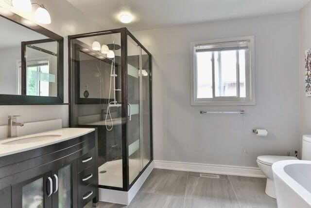Detached at 21 Tanglewood Tr, Markham, Ontario. Image 4
