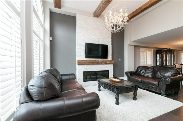 Detached at 15 Sandway Cres, Vaughan, Ontario. Image 18