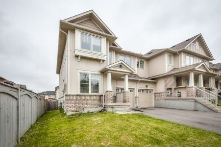 Townhouse at 58 Stoyell Dr, Richmond Hill, Ontario. Image 1