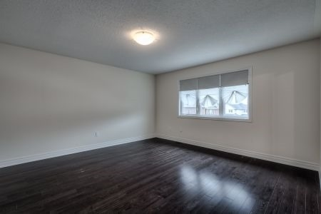 Townhouse at 58 Stoyell Dr, Richmond Hill, Ontario. Image 6