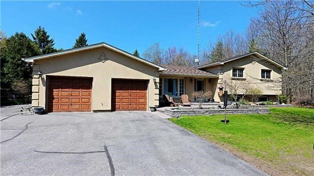 Detached at 3460 Herald Rd, East Gwillimbury, Ontario. Image 8