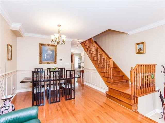 Townhouse at 27 Amberty St, Vaughan, Ontario. Image 12