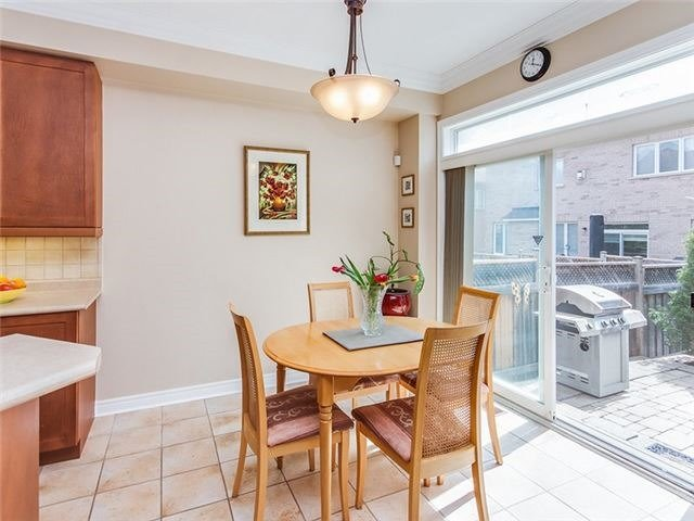 Townhouse at 27 Amberty St, Vaughan, Ontario. Image 17
