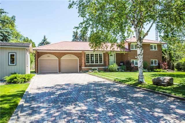 Detached at 204 Valley View Dr, Innisfil, Ontario. Image 1