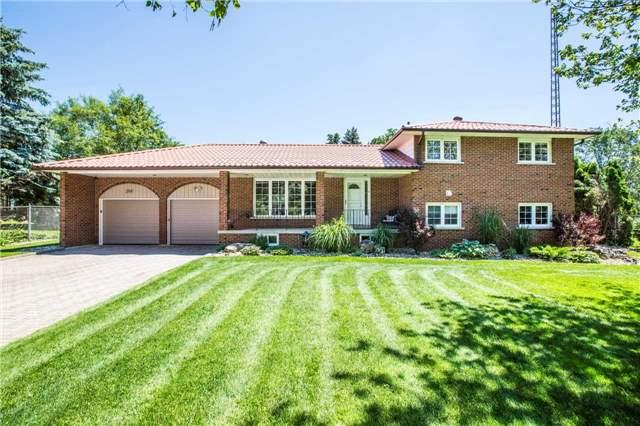 Detached at 204 Valley View Dr, Innisfil, Ontario. Image 12