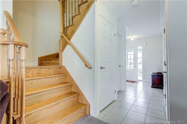 Detached at 19 Hoard Ave N, New Tecumseth, Ontario. Image 8