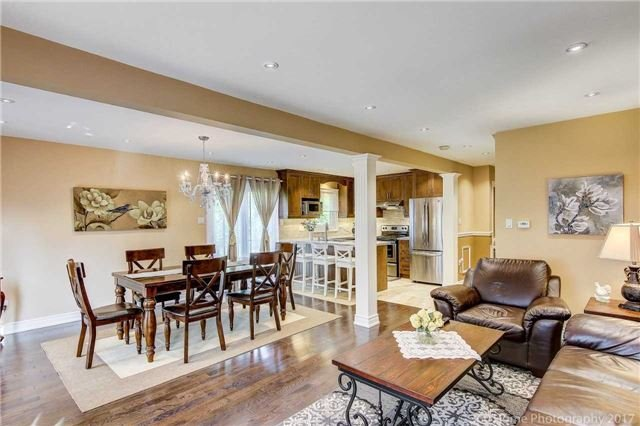 Detached at 23 Stargell Cres, Markham, Ontario. Image 15