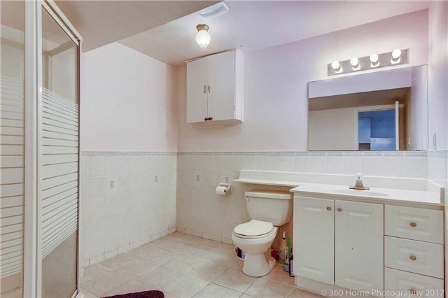 Detached at 23 Stargell Cres, Markham, Ontario. Image 11