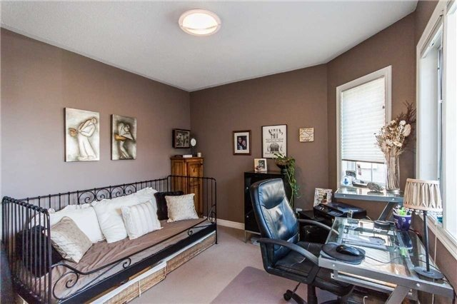 Detached at 154 Katerina Ave, Vaughan, Ontario. Image 8