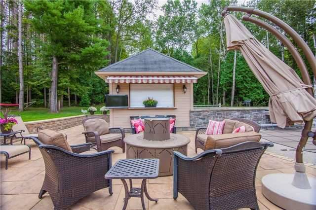 Detached at 281 Spruce Hill Rd, King, Ontario. Image 9
