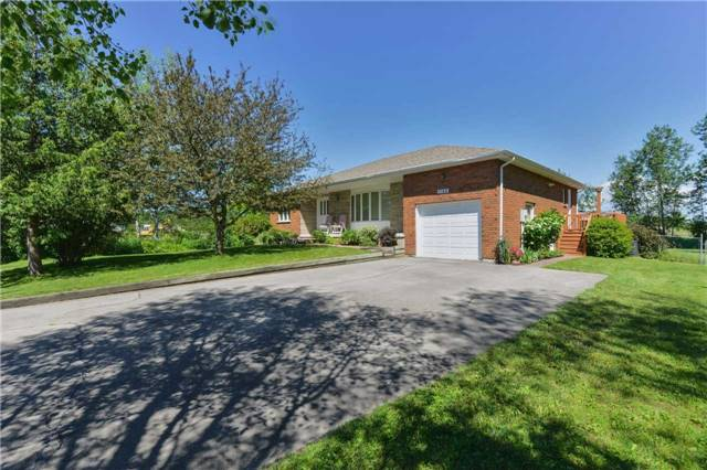 Detached at 1180 Belle Aire Beach Rd, Innisfil, Ontario. Image 1