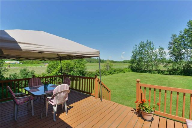 Detached at 1180 Belle Aire Beach Rd, Innisfil, Ontario. Image 5