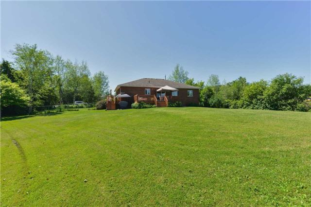 Detached at 1180 Belle Aire Beach Rd, Innisfil, Ontario. Image 6