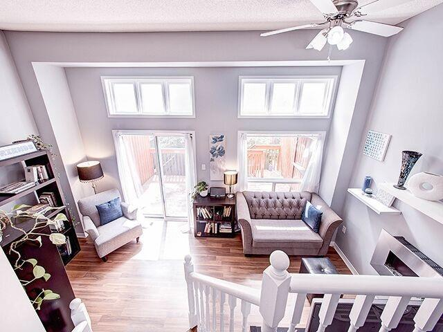 Condo Townhouse at 380 Riddell Crt, Newmarket, Ontario. Image 19