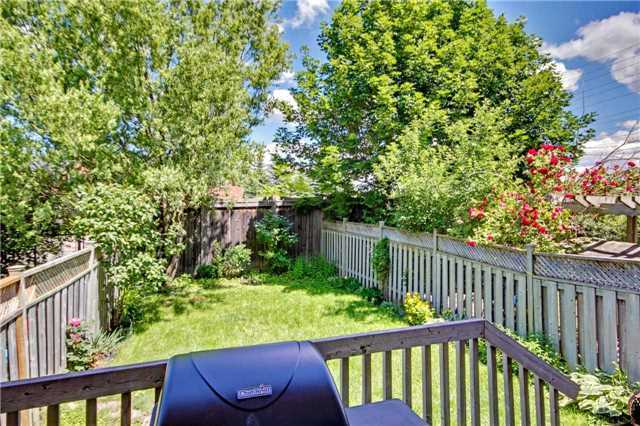 Townhouse at 538 Rourke Pl, Newmarket, Ontario. Image 6