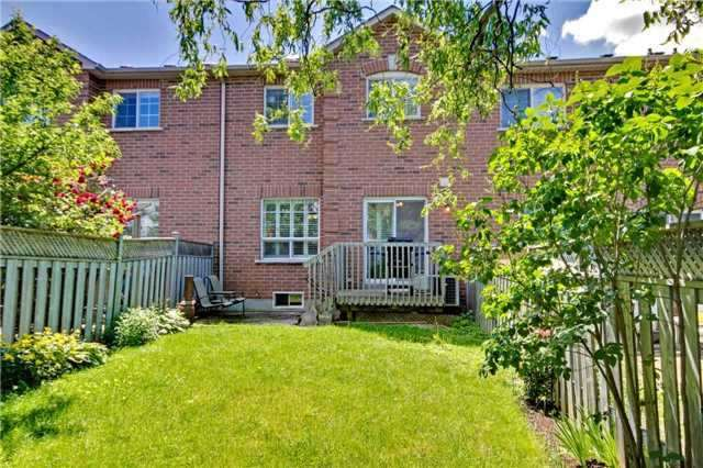 Townhouse at 538 Rourke Pl, Newmarket, Ontario. Image 8