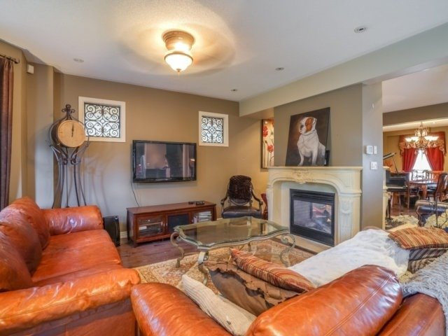 Detached at 21 Dunnet St, Markham, Ontario. Image 17