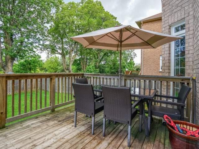 Detached at 21 Dunnet St, Markham, Ontario. Image 9