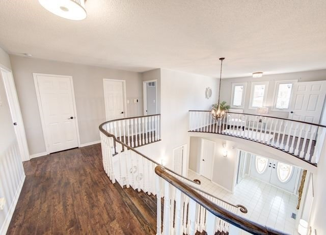 Detached at 211 Savage Rd, Newmarket, Ontario. Image 18