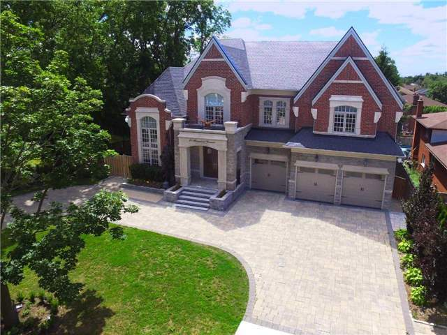 Detached at 21 Sunnywood Cres, Richmond Hill, Ontario. Image 12