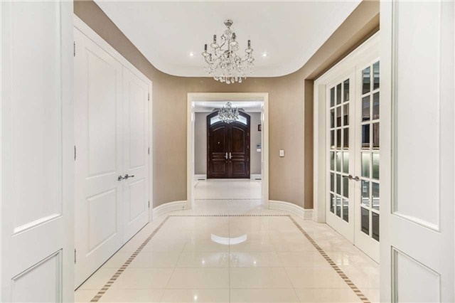 Detached at 21 Sunnywood Cres, Richmond Hill, Ontario. Image 16