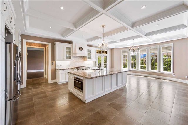Detached at 21 Sunnywood Cres, Richmond Hill, Ontario. Image 18