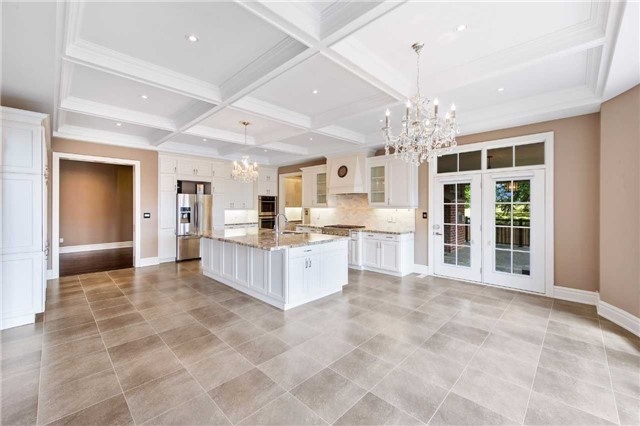 Detached at 21 Sunnywood Cres, Richmond Hill, Ontario. Image 20