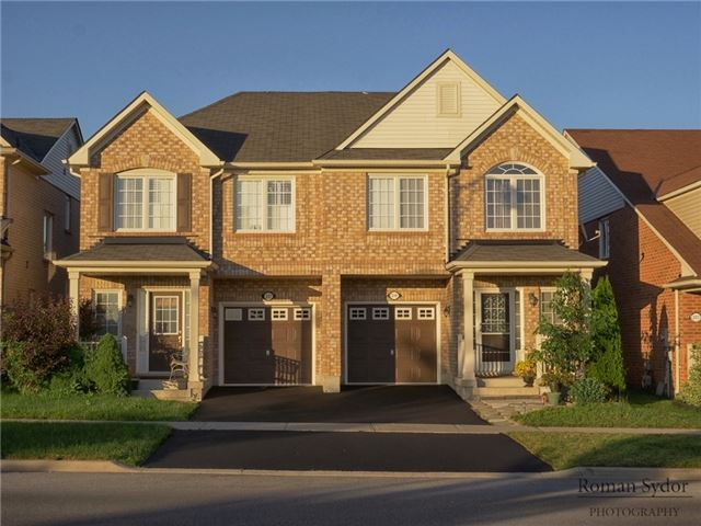Semi-detached at 219 Weldon Rd, Whitchurch-Stouffville, Ontario. Image 1